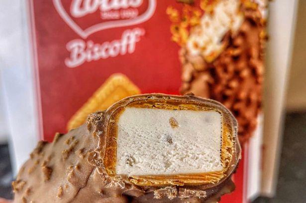 Biscoff ice cream sticks